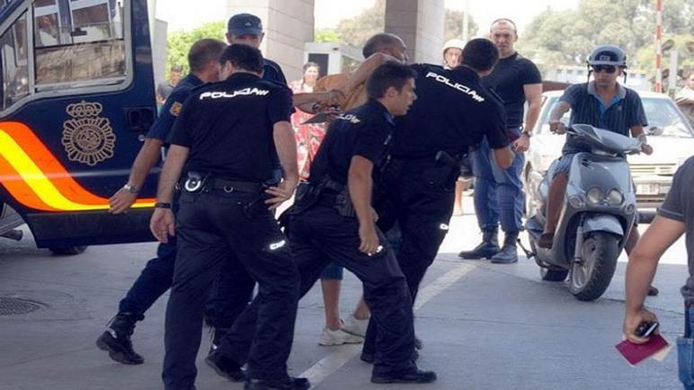 اعتقال مغربي يمارس العادة السرية في الشارع العام بإسبانيا