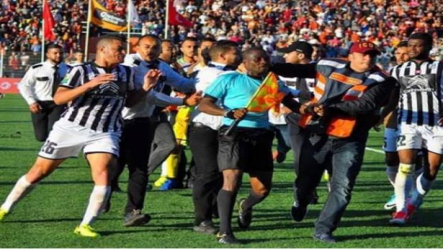 رئيس الجامعة التونسية لكرة القدم يقدم اعتذاره للقجع بسبب ما قام به لاعبو الصفاقسي