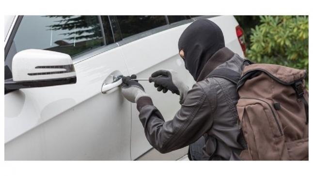 برشيد..توقيف عصابة تتاجر في المخدرات و سرقة السيارات