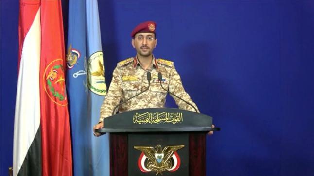 الحوثيون يعرضون صورا  لـ2000 جندي وضابط سعودي أسرى لديها