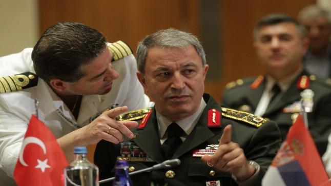 أنقرة تتوعّد بالردّ على أي هجوم ضد مصالحها في ليبيا بعد أن أمر المشير حفتر قواته باستهداف سفن ومصالح تركية
