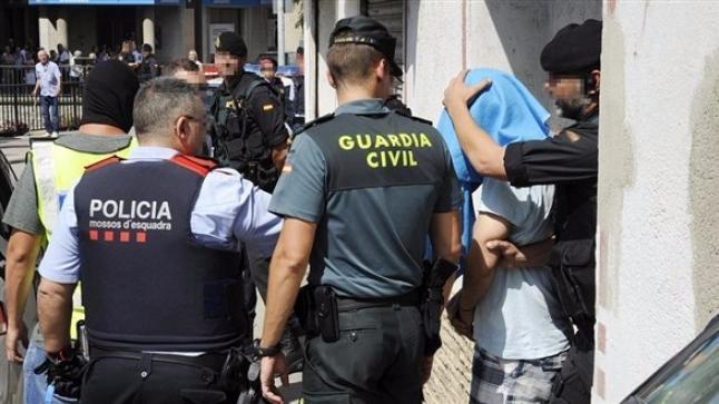 مغربيين متورطين في مافيا ألبانيا تهرب المخدرات