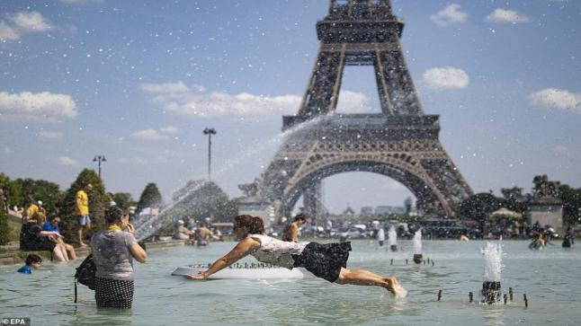 موجة حر قاسية على أوروبا وسط مخاوف على الصحة العامة