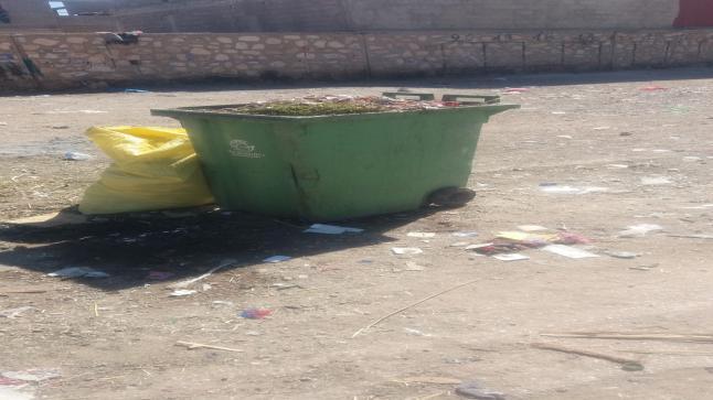 تراكم النفايات بالأحياء الهامشية بمدينة سوق السبت إقليم الفقيه بن صالح يقلق الساكنة