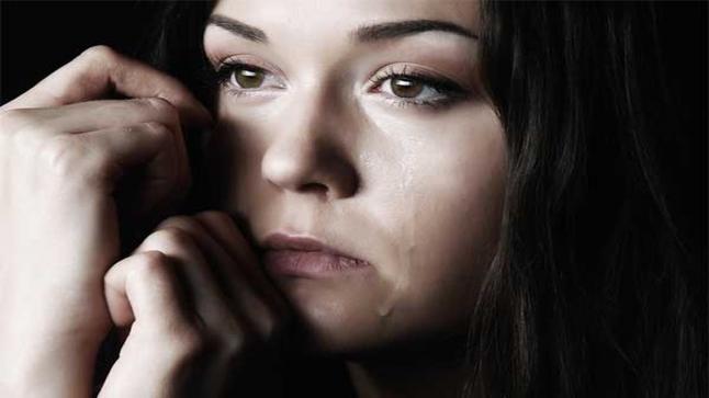 اضطراب التشوه الجسمي..  الشخص من عيوبه الخلقية الوهمية وسبل العلاج