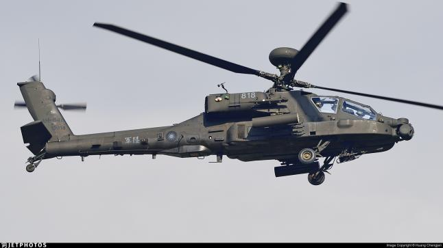 """تفاصيل استغناء المغرب عن شراء طائرات حربية تركية و اختيار صفقة """"أباتشي"""" الأمريكية"""