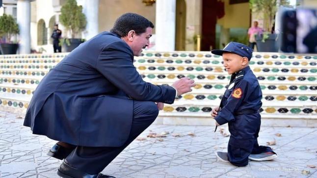 ولاية أمن فاس.. تحتفي بالطفل إلياس وتشاركه طموحاته وأحلامه(صور)