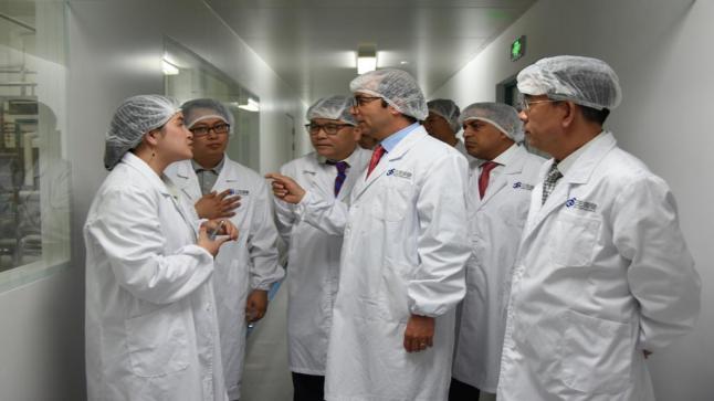 الدكالي يدعو أكبر الشركات الصينية لدخول السوق المغربية للاستثمار في بناء مستشفيات