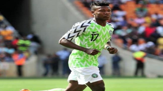 """عين على الكان..إصابة """"كالو"""" لاعب منتخب نيجيريا بأزمة قلبية أثناء التداريب"""