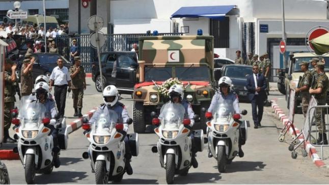 تونس تشيع السبسي إلى مثواه الأخير في جنازة رسمية(فيديو)