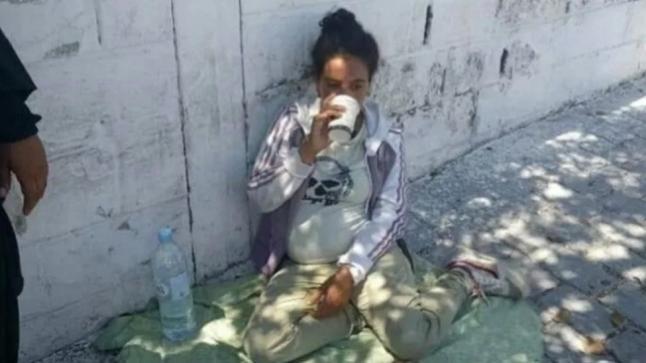 طفلة عمرها 15 سنة حامل تعيش بالشارع بطنجة