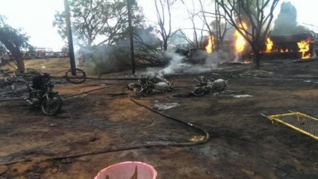 مقتل 57 شخصًا في انفجار شاحنة وقود في تنزانيا