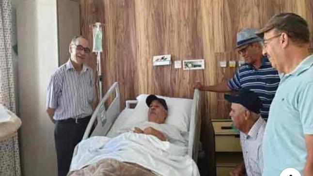 نوبير الأموي يجري عملية جراحية بمستشفى الشيخ خليفة