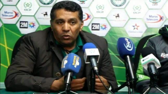 بالفيديو…الطوسي يقدم استقالته و يتهم اللاعبين بالتلاعب في مباراة مولودية وجدة