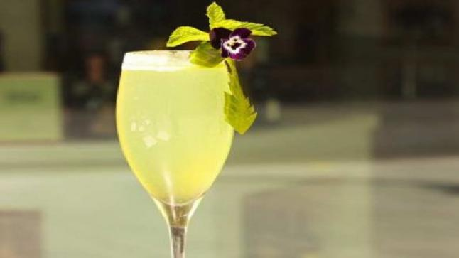 اكتشاف عصير طبيعي يخلصك من كل روائح الجسم الكريهة