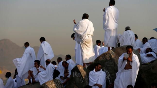 حجاج مغاربة وعائلاتهم يحتجون على الظروف المزرية بالديار المقدسة