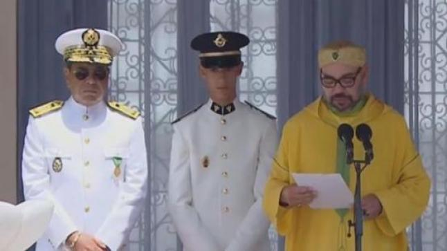 """الملك يطلق اسم""""عبد الرحمن اليوسفي"""" على فوج الضباط الجدد"""