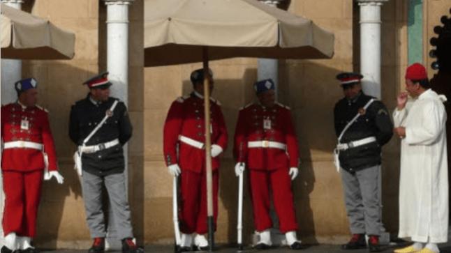 الملك يبعد جهازي الأمن والدرك الملكي من حراسة القصور لهذه الأسباب
