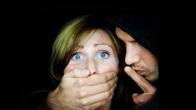 البيضاء..البوليس يوقف شخصا اختطف امرأة واحتجزها
